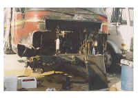 Airstream_1982_Damage_02.jpg (78986 bytes)
